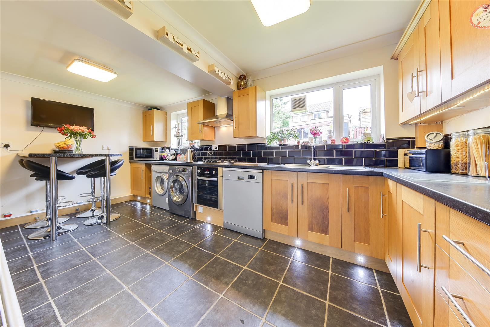 3 Bedrooms Semi Detached House for sale in Rochdale Road, Bacup, Lancashire